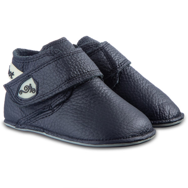 Czarne buciki do nauki chodzenia - Magical Shoes Baloo